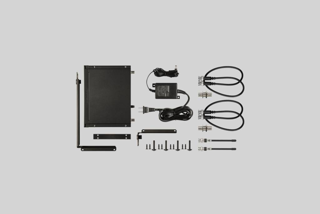 Illustration Shure Wireless Rack-mount Instrument System with Beta 98H/C Clip-on Gooseneck Microphone