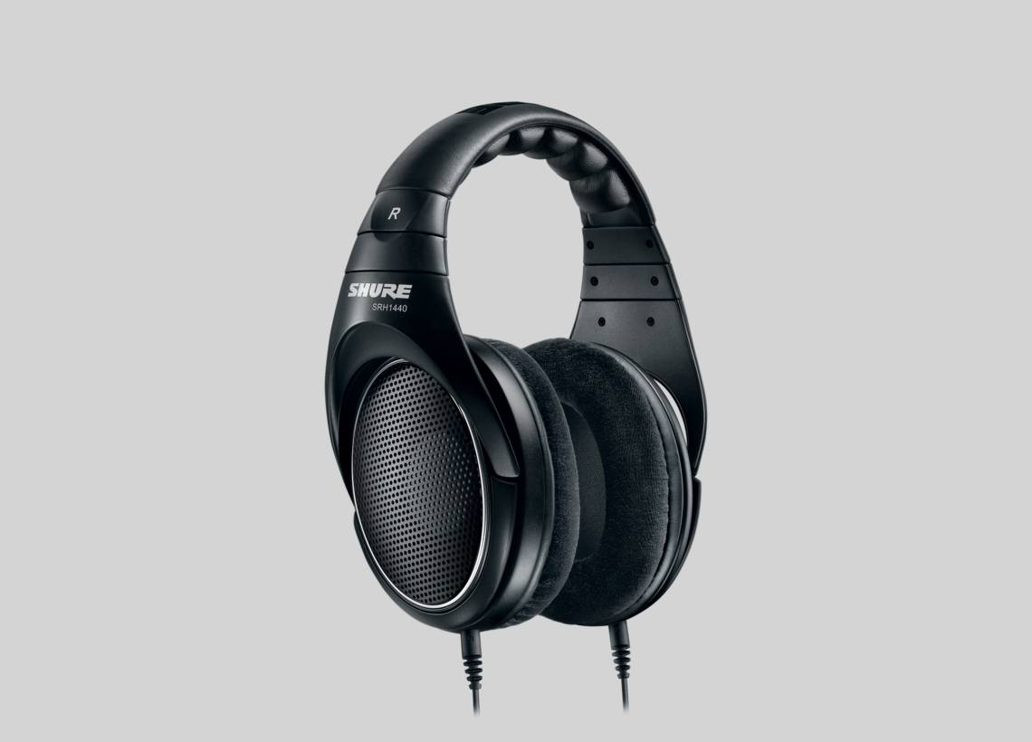 1f2cd89b987 Illustration Shure SRH1440 Professional Open Back Headphones